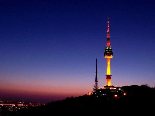 Hotel Pickup! Nami Island & Petite France & N Seoul Tower Shuttle Package