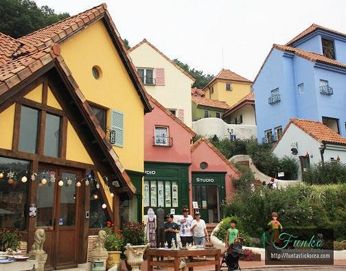 4 In A Day! Petite France & Nami Island & Rail Bike & Garden of Morning Calm Package_3