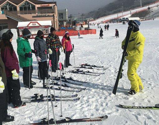 1N2D 2N3D Vivaldi Park Room and Ski/Snowboard Tour Package_2
