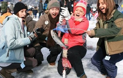 [From Alpensia/Yongpyong] Pyeongchang Trout Ice Fishing Festival Half Day Tour_4