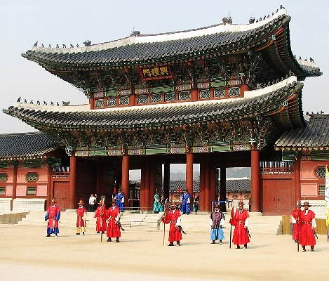 [Guided Tour] Seoul Palace & Temple Half Day Tour