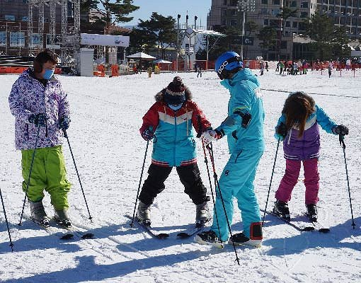 [Dec 3-Mar 16] Gangwondo One Day Ski Tour