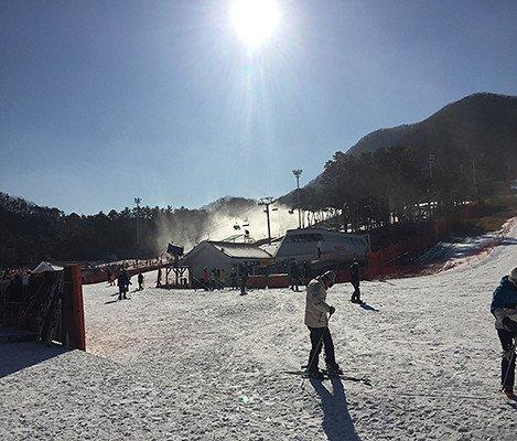 2019 Jisan Forest Ski Snowboard Lesson Shuttle Bus Package_6