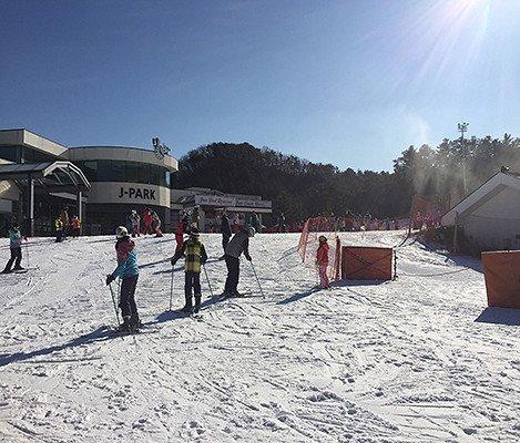 2019 Jisan Forest Ski Snowboard Lesson Shuttle Bus Package_3