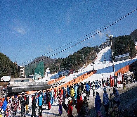 [Dec 10 - Feb 28] Bears Town Ski Snowboard Lesson Shuttle Bus Package_6