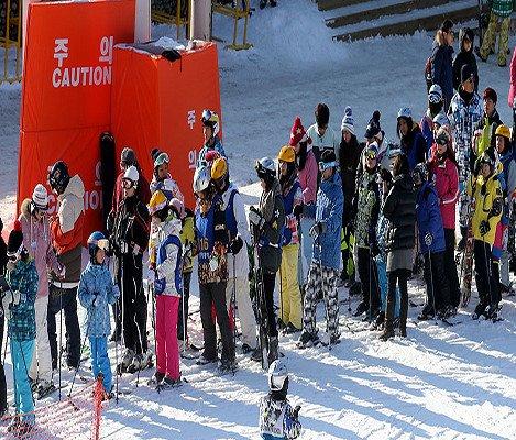 [Dec 10 - Feb 28] Bears Town Ski Snowboard Lesson Shuttle Bus Package_7