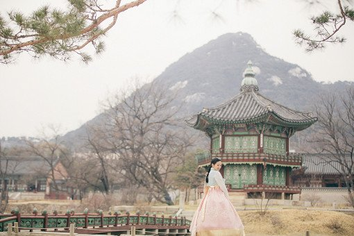 Luxury Hanbok Experience at Gyeongbok Palace_3