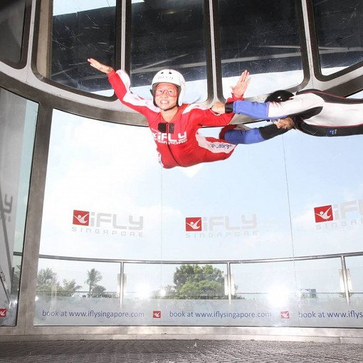 Singapore Indoor Skydiving Tour_1