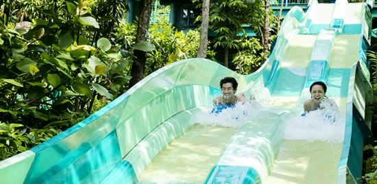 Singapore Adventure Cove Waterpark